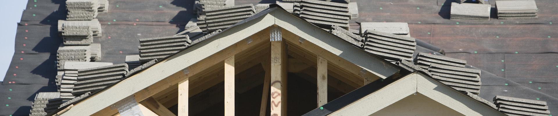 Изграждане на нови покриви (снимка)